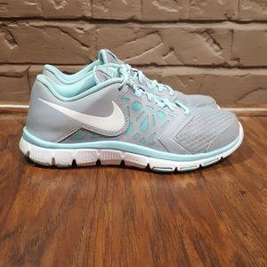 Nike Flex Supreme TR4, size 6.5Y.